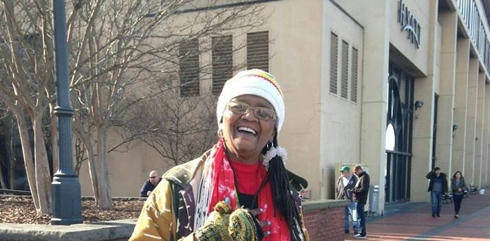 Walking Tour in Savannah with Vaughnette Goode-Walker