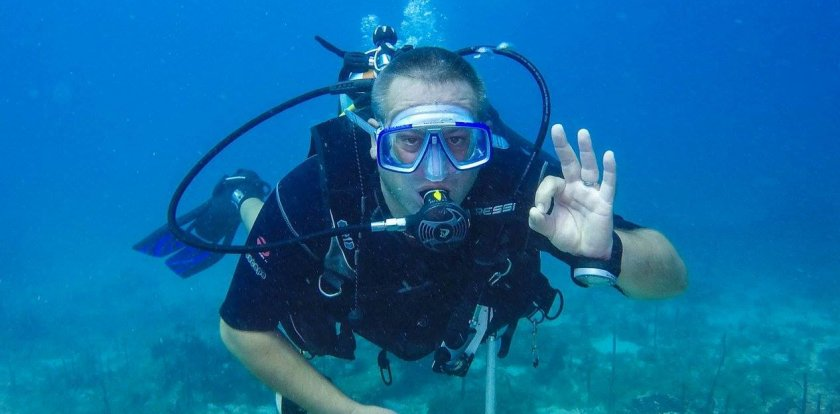 Scuba Diving in Santo Domingo with Udo Stahl