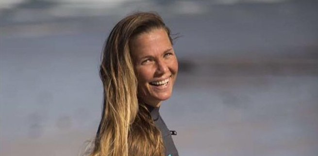 Surfing in Cape Town with Roxy Davis