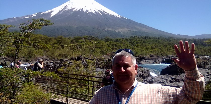 Volcano Tour in Puerto Montt with Juan Sunkel