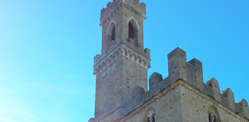 Walking Tour in Volterra