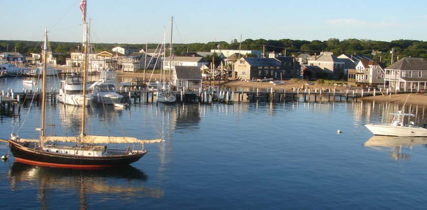 Boat Tour in Vineyard Haven