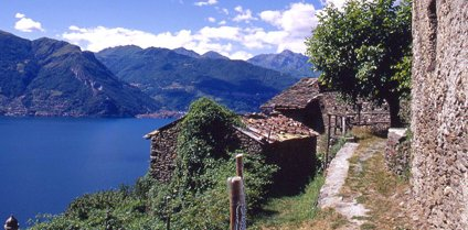 Hiking Trekking in Lake Como