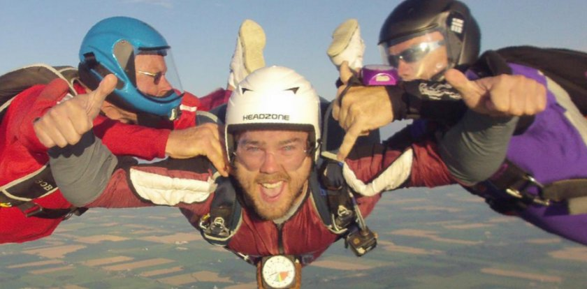 Skydiving in Lambton Shores