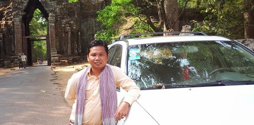 Car Tour in Angkor Wat with Theara Suy
