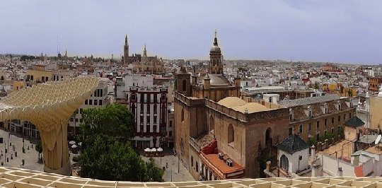 Walking Tour in Seville