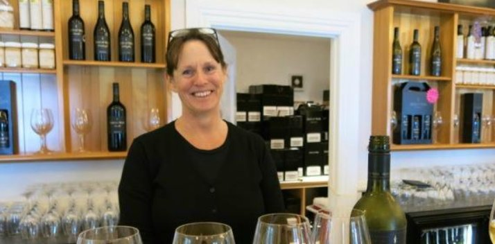 Wine Tour in Auckland with Denise Stevens
